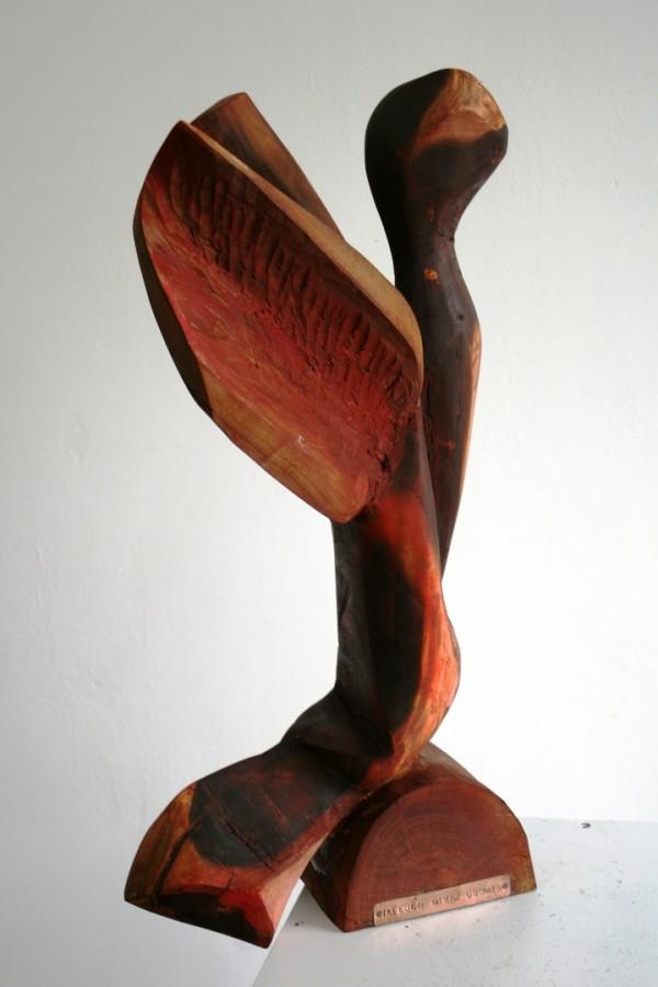 COSMIN MIHAI IATESEN - DESPRINDERE, 2007 Colectia Viorel Munteanu dimensiuni 35 x 40 x 65 cm tehnica lemn, dud