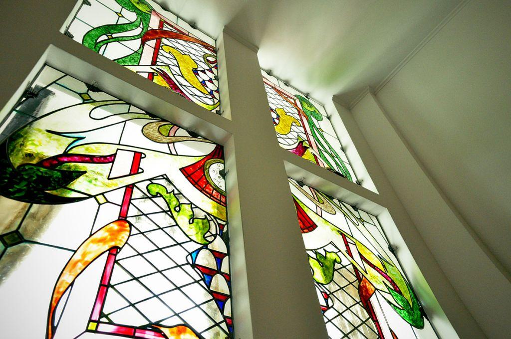 Pictura pe sticla 1_poliptic_dimens_totala 200 x 300 cm_ 2011
