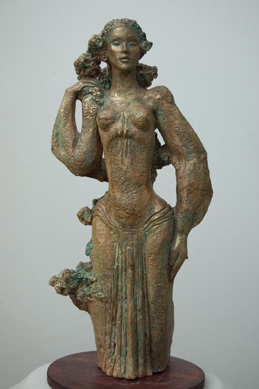 Mireasa, teracota patinata, 49*22*22 cm